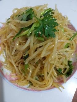 凉拌土豆丝红油炝土豆丝