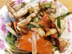 豆果独家:葱姜炒蟹的做法