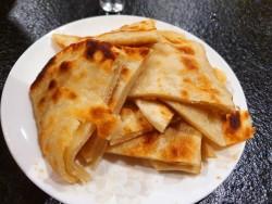 京味春饼 —— 烙饼肘子摊鸡蛋