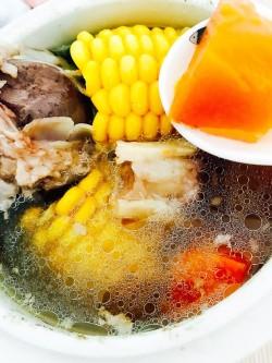 胡萝卜玉米筒骨汤做法大全 胡萝卜玉米筒骨汤的做法大全