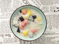 椰汁西米水果捞