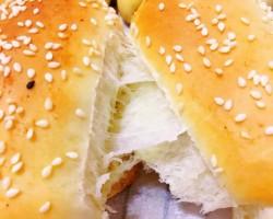 多图·豆沙花型面包+肉松面包(揉一次面就要多种口味这才划算)的做法