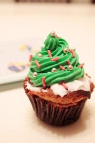 圣诞树杯子蛋糕怎么做好吃 圣诞树杯子蛋糕