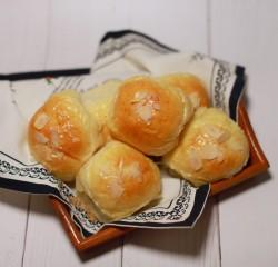 淡奶油小餐包