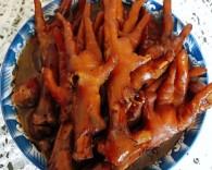 秘制红烧鸡爪的做法_美食方法