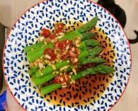 硬核菜谱制作人凉拌芦笋的做法